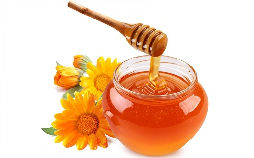 Mật ong nguyên chất giúp trị nám tàn nhang hiệu quả