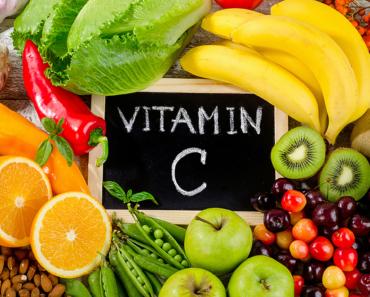 Trị Khô Âm Đạo bằng cách bổ sung thực phẩm giàu Vitamin C