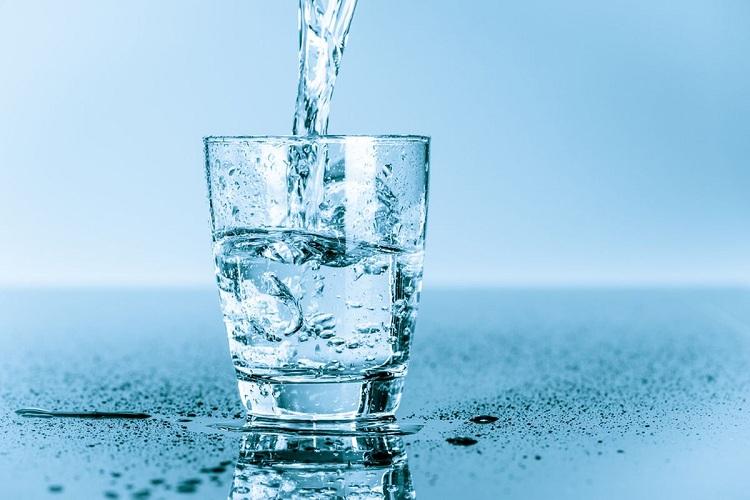 Bổ sung nước vào cơ thể
